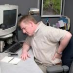 Telesne prilagoditve zaradi neergonomskega delovnega okolja